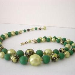 Vintage 2 Strand Choker Necklace Fabulous Green Beads Japan
